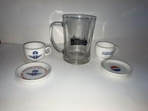 Фирменные кружки чашки