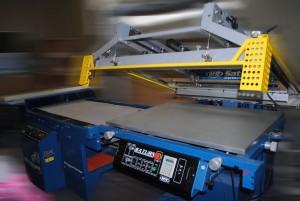 Наше оборудование для изготовления наклеек