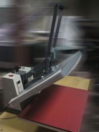 Пресс для печати на одежде и ткани