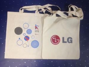 Фирменные сумки с логотипами